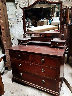 Antique dressing table for restoration