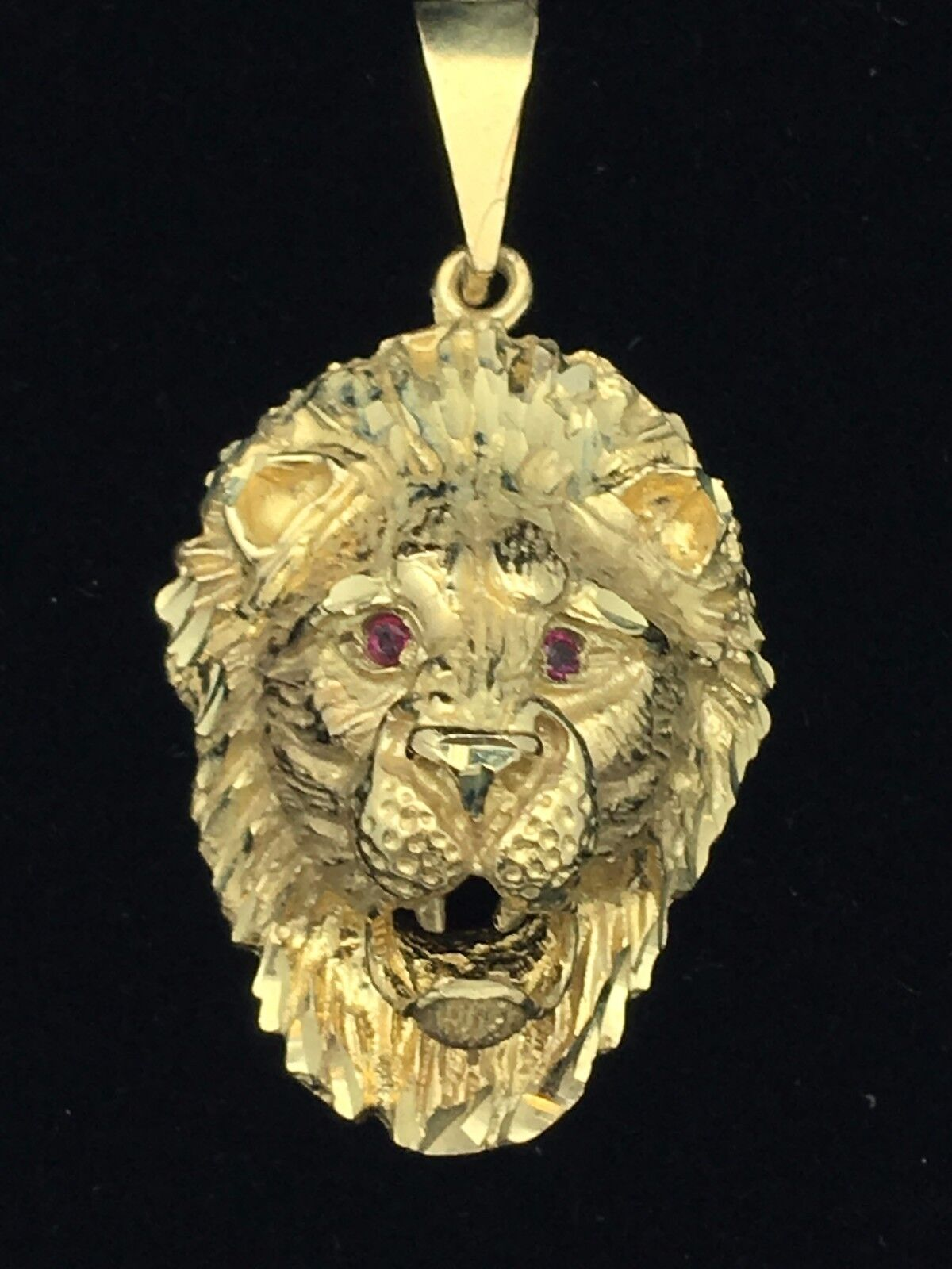 necklace plated king pendant com jewelry of jungle amazon lion dp gold get power the