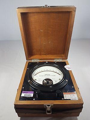 Vintage British Military 1957 Ernest Turner Voltmeter Model 32