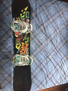Ride Lowride 135cm Snowboard with Burton Boots