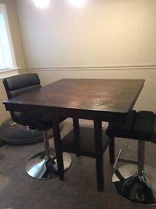 Kitchen table almost brand new