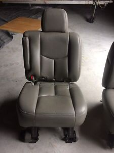 GMC Chevrolet middle row captain chairs  Kingston Kingston Area image 10