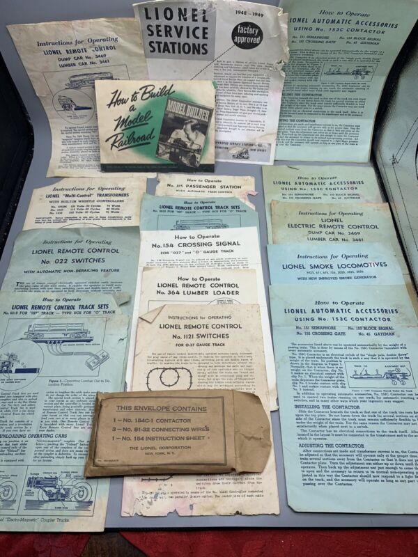 Lot of Vintage Lionel Trains Instruction Manuals