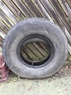 Truck tyre & tube