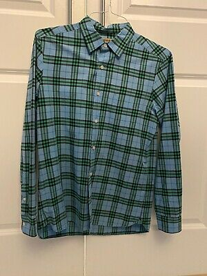 Men's Burberry Button Up Shirt Dry Cleaned with one use.From Mall of Green (Greene Mall)