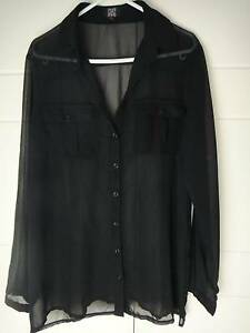 SZ 10/12 SHEER BLACK OVERSIZED TOP LONG SLEEVES - AS NEW Collingwood Park Ipswich City Preview