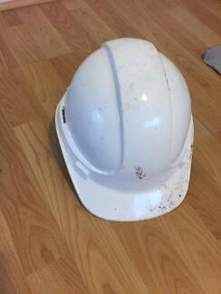 PPE (Construction) good condition (only 3 weeks used)