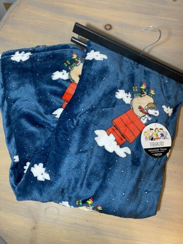 Peanuts Berkshire Christmas Holiday Throw Blanket Snoopy Gre