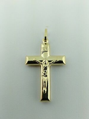 14K Solid Gold Italian Cross Pendant.Very elegant Very Good Price 2.3 grams