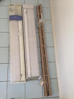 Venetien blinds: 2 white 50mm, one brown smaller size Beerwah Caloundra Area Preview