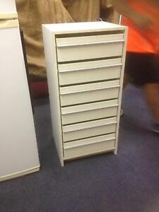 Chest of drawers (white). Molendinar Gold Coast City Preview