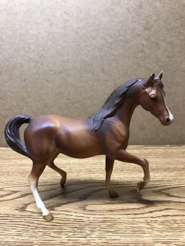 Breyer Classic Arabian Mare Chestnut Horse Very Good Used Condition