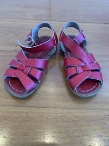 Saltwater sandals kids red size 8