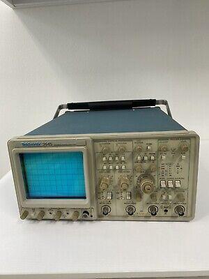 Tektronix 2445 150mhz Analog Oscilloscope Tested To Power Up