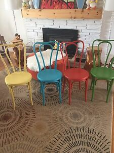 4 BENTWOOD DINING CHAIRS