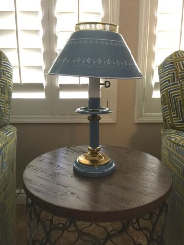 Vtg Tole Country Farmhouse Metal Table Night Stand Lamp Blue Toleware Light