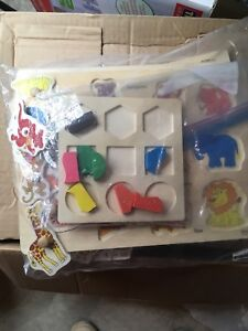 Bag of wood puzzles (7)