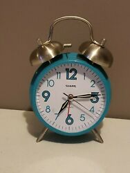 Sharp Analog Alarm Clock Vintage Look Retro Classic Battery Quartz Teal SPC851