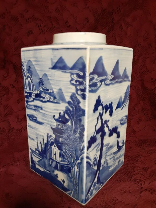 Rare 19th Century Qing Dynasty Canton Porcelain Blue And White Tea Cannister.