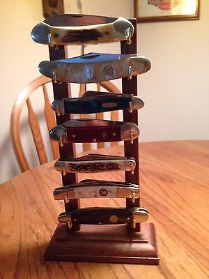 """Lucky """"7"""" Solid Walnut Folding/Pocket Seven Knife Display Stand"""