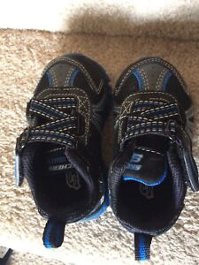 Skechers shoes toddler size 5