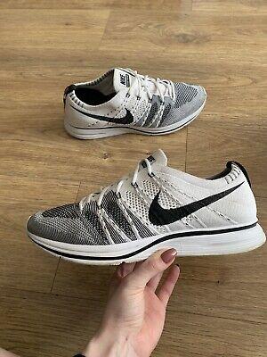 Nike FLYKNIT Trainer Racer  Black/White Size 8UK Lot