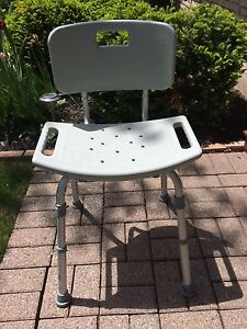 Drive Medical Gray Bathroom Safety Shower Chair w/ Back