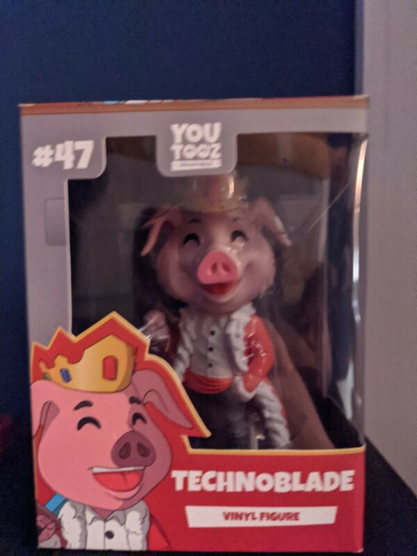Technoblade original youtooz figure, mint condition neve unboxed DREAM SMP
