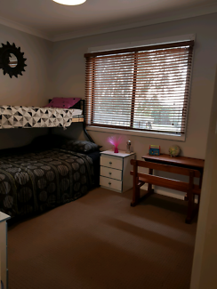 ENSUITE bedroom available