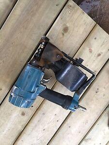Hitachi coil roofing gun