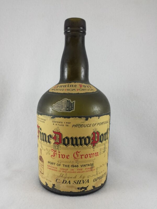 RARE VINTAGE FINE DOURO PORT  FIVE CROWN BOTTLE imported from Portugal 1950/60