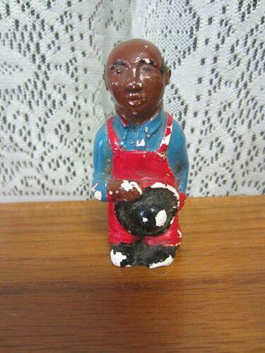 Vintage Single Shaker~Black Man-Farmer-Salt OR Pepper Shaker