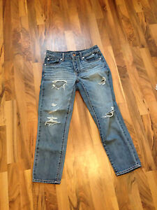 SELLING • Ripped American Eagle Boyfriend Jeans