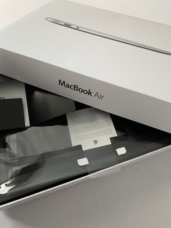 "Apple MacBook Air 13"" ••• BOX ONLY ••• A1466"
