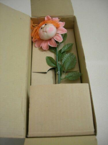 Novelty Vintage dancing flower ; Design 3.  Battery Operated