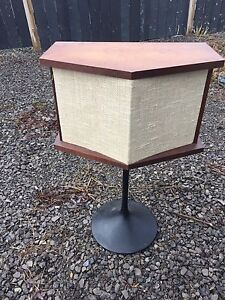 Bose 901 Vintage Speakers with Base Stands