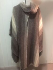 Ladies Rusk & Finch open poncho coat with attached scarf Campbelltown Campbelltown Area Preview