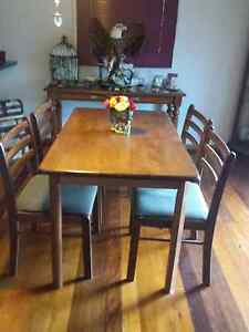 Dining table and chairs Earlville Cairns City Preview