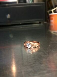Rose gold ring with heart