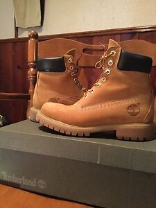6 Inch Timberland (Wheat Colorway) SIZE 7