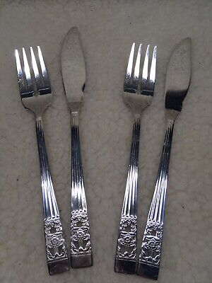 2 Hampton Court Oneida Design Silver Plated CUTLERY  Fish Knife And Fork set
