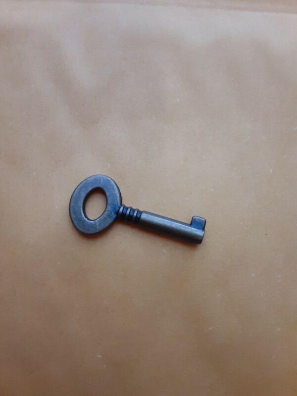 Barrel Key