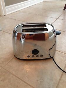 PC 2  SLICE TOASTER
