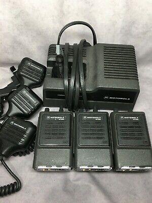 Lot Of 3 Motorola Mt1000 Handie Talkie Radio W 1pc Battery Charger 3pc Mic 6