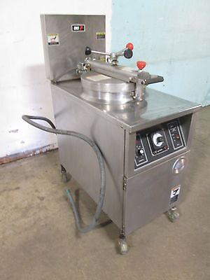 """B K I - LPF-F48"" COMMERCIAL HD LARGE CAPACITY 208V 3Ph ELECTRIC PRESSURE FRYER"