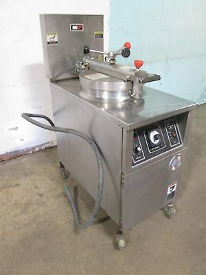 B K I - Lpf-f48 Commercial Hd Large Capacity 208v 3ph Electric Pressure Fryer