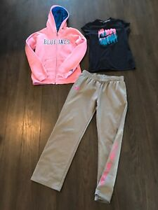 LARGE GIRLS NAME BRAND OUTFIT !! Athletic