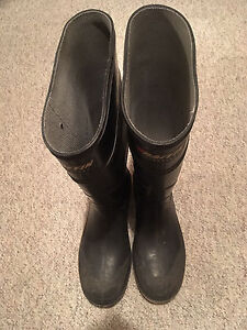 Baffin steel toed rubber boots size 10