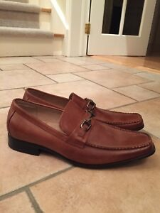 Men's tan dress shoe