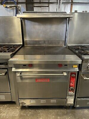 Natural Gas 2 Burner Heavy-duty Range With 36 Hot Top And Standard Oven